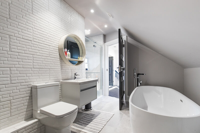 North London new build bathroom by Aubrey Homes