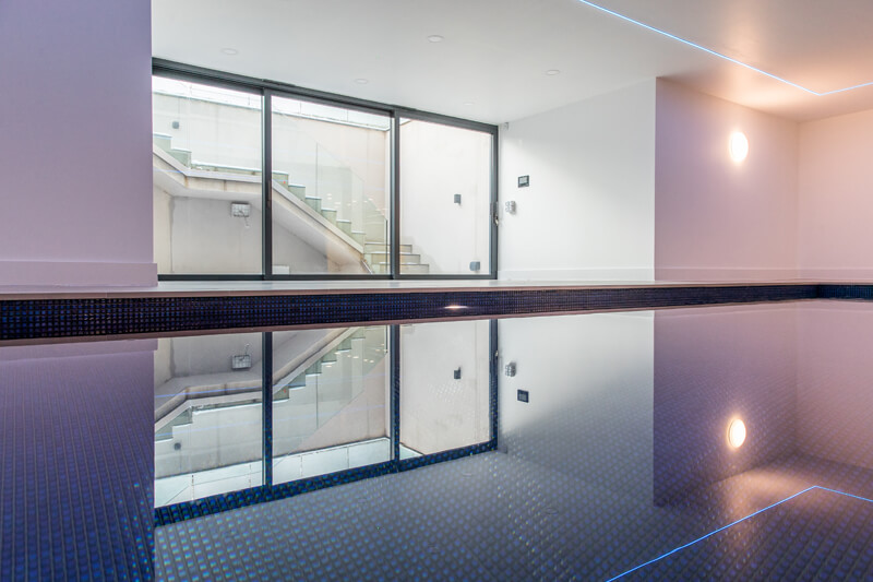 North London new build swimming pool by Aubrey Homes